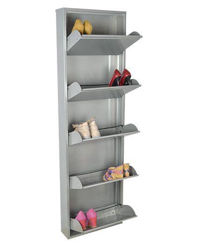 scarpiera-grande-metallo-lucido-aperta-con-scarpe